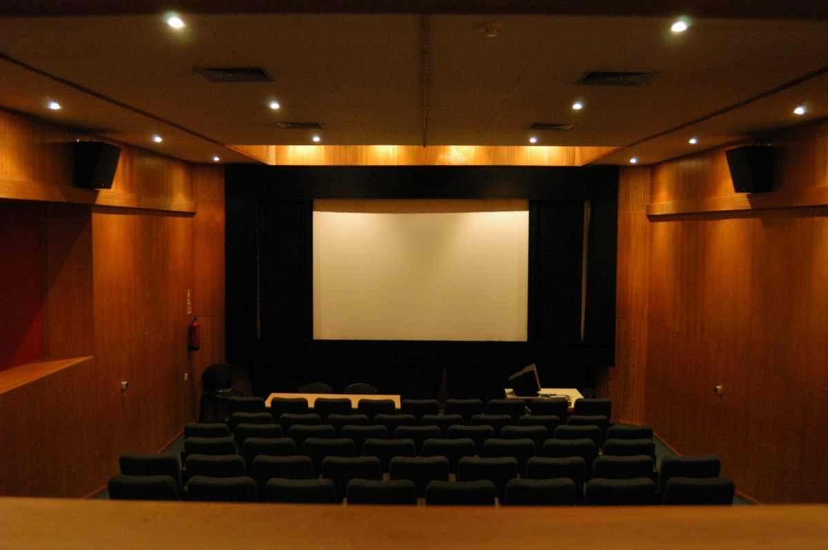 Instala Es Departamento De Cinema Escola Superior De Teatro E  -> Imagem De Sala De Cinema